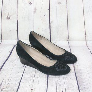 Easy Spirit Black Larcie Suede Pump